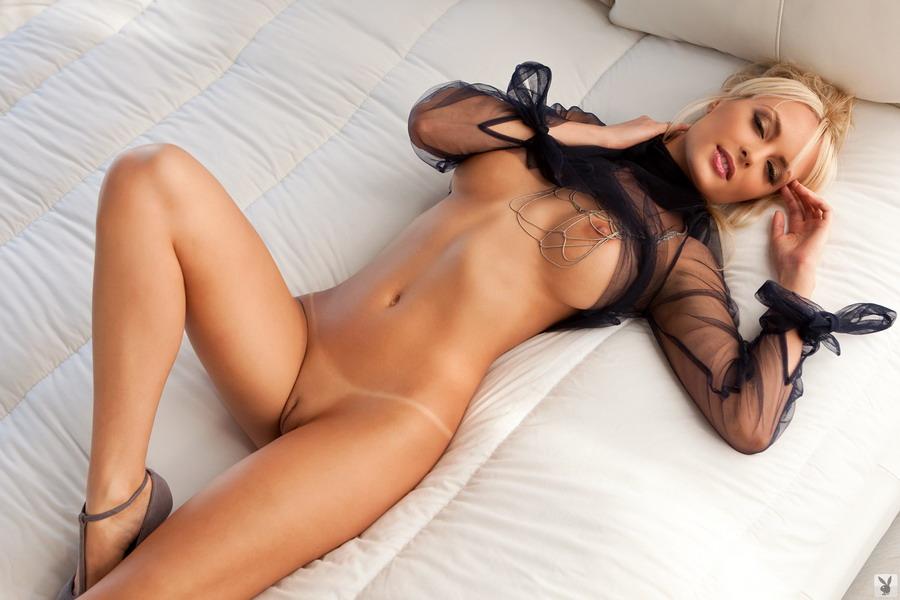 Сексуальное фото голых красавиц